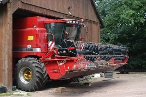 combine-harvester-545090_1280