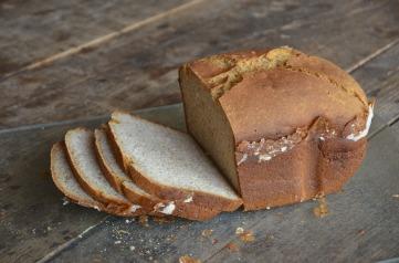 bread-1319583_1920.jpg