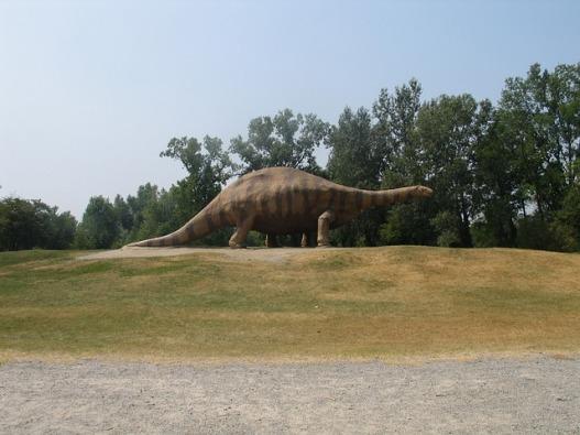 brontosaurus-3674836_640