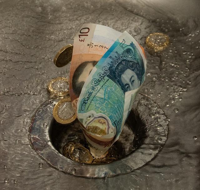 down-the-drain-4708734_640